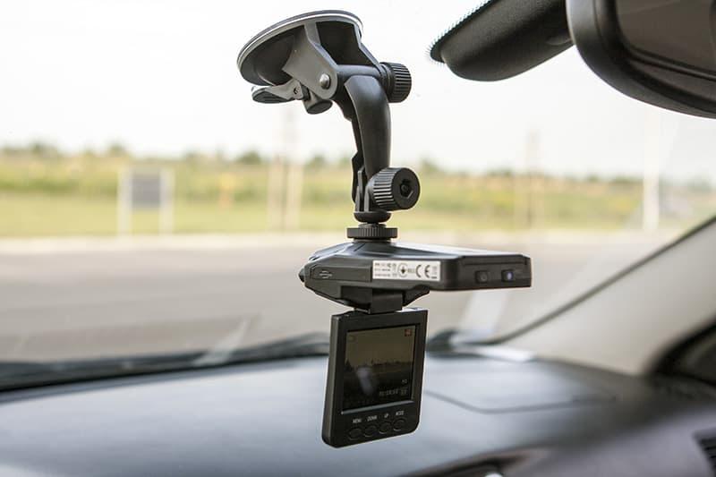 Camera hành trình giá rẻ Genius DVR530HP