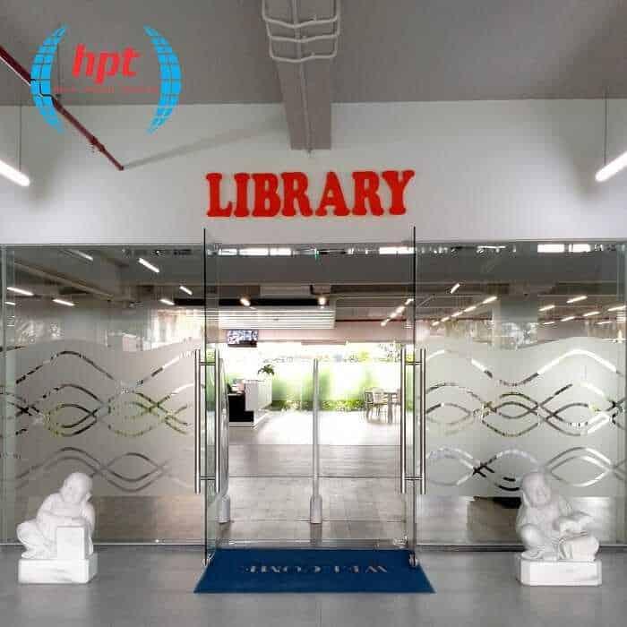 Lắp đặt cổng từ an ninh cho thư viện của Đại học FPT